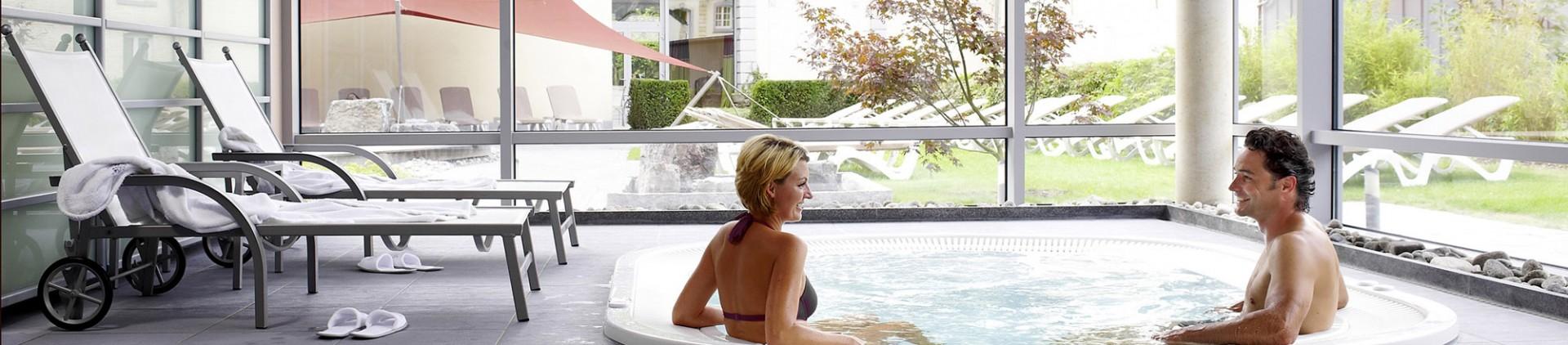 Spa et chaudfontaine les bienfaits de l eau thermale for Chaudfontaine piscine