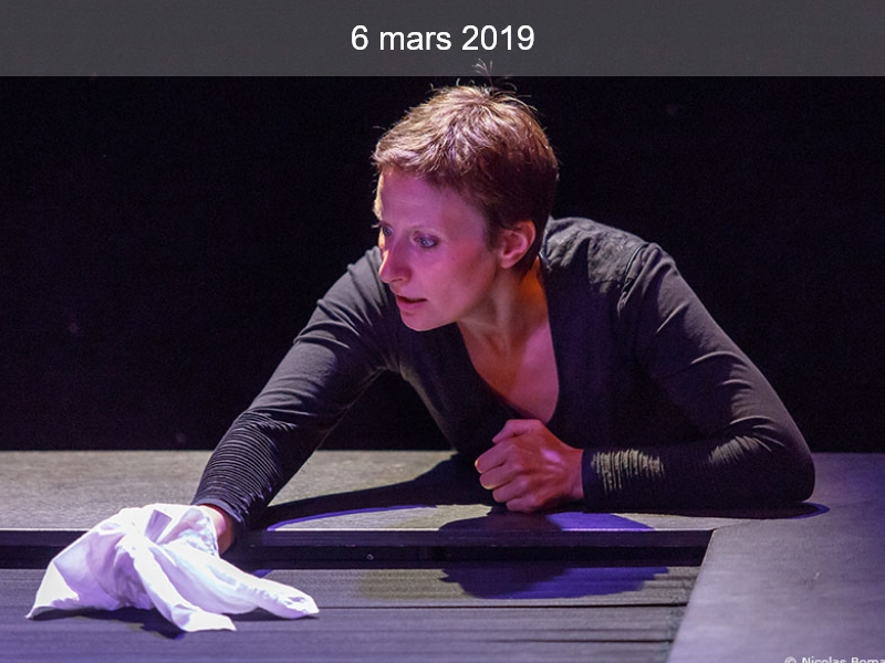 Théâtre : Petit mouchoir