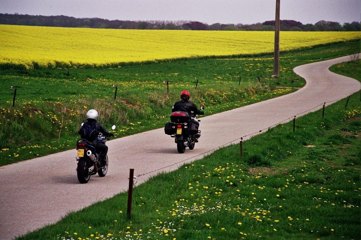 Balades à moto en province de Liège et en Ardenne