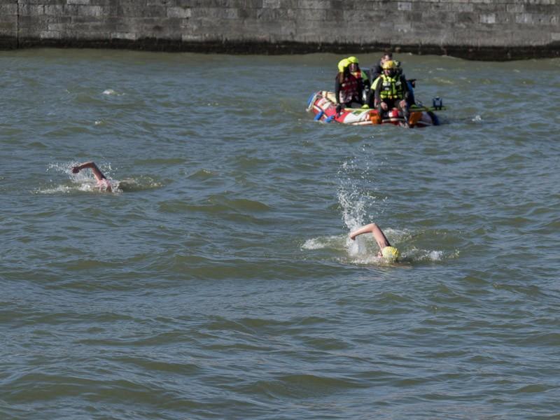 Traversée hivernale de la Meuse à Huy