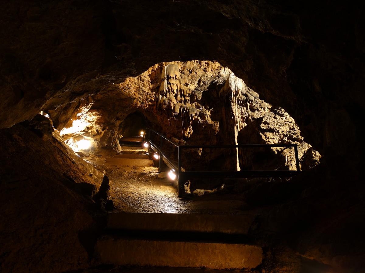 Grotte de Comblain - Salle de la Cascade