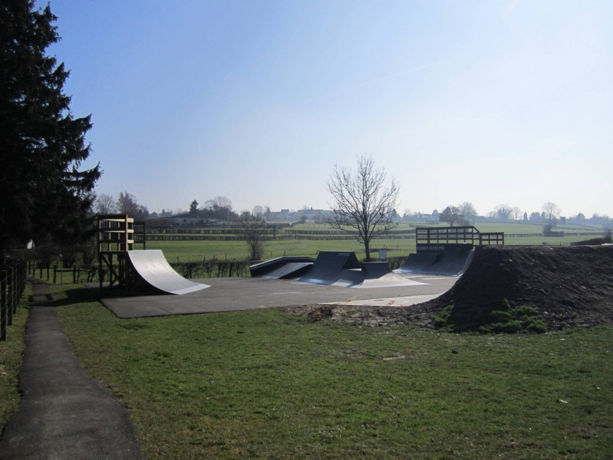 Raeren jugendheim skaterbahn 02 c gemeinde raeren