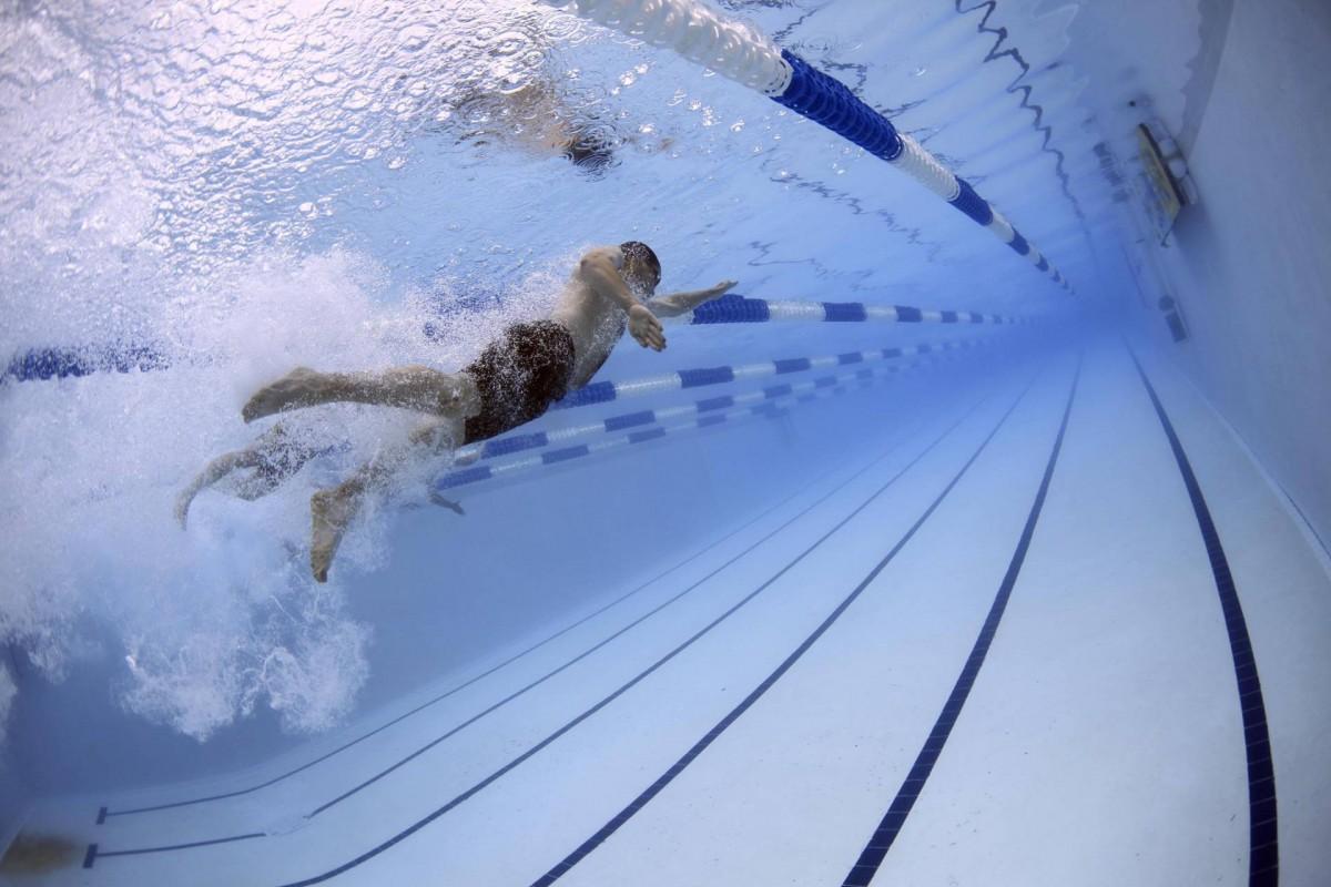 Swimmers 79592 c pixabay