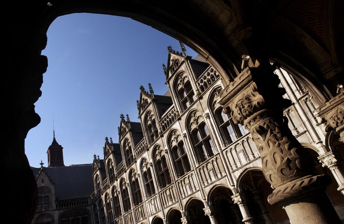 Cour du Palais 1