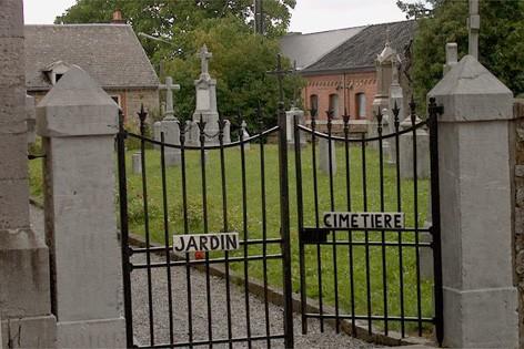 Jardin-cimetière de Ferrières
