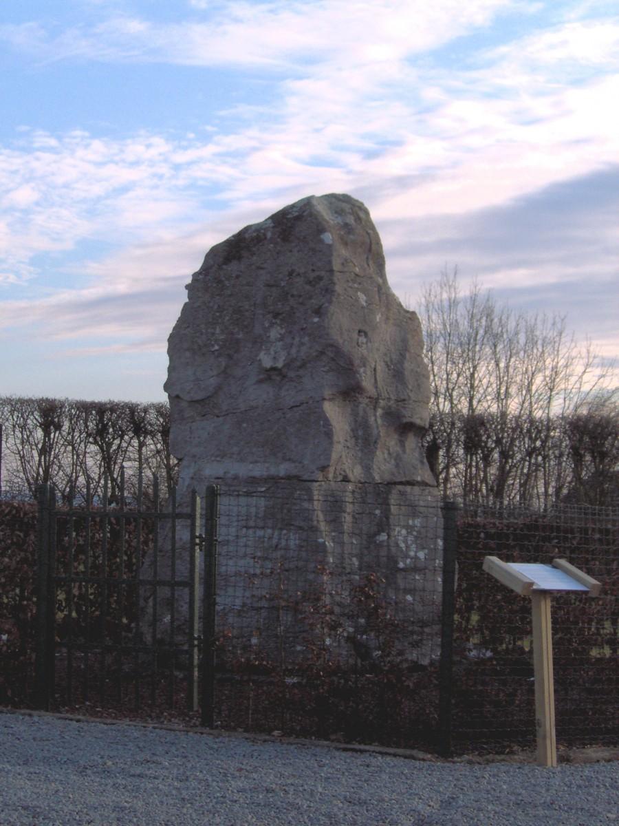 Monument-hazotte