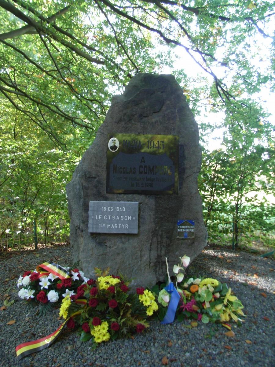 Tolumont monument aux morts