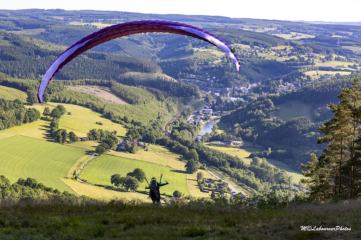 Parapente-stavelot©michel-laboureur