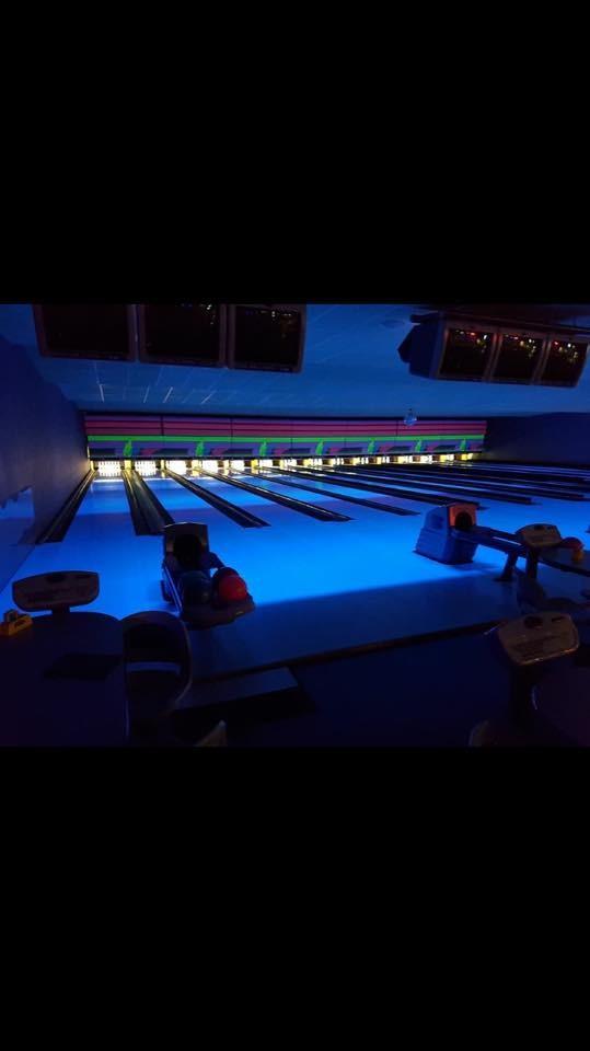 Cosmic Bowling 1