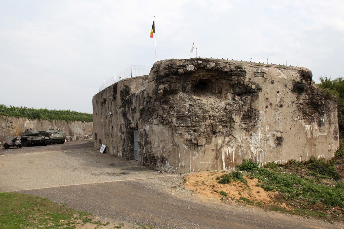 Fort d'Aubin-Neufchâteau - Dalhem - vue extérieure