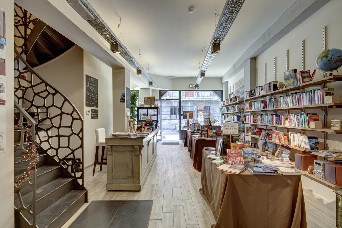 Librairie toutes directions - Interieur