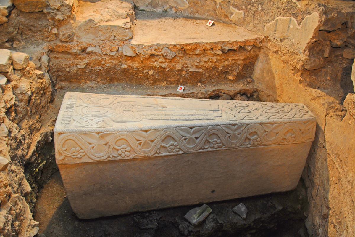 Collégiale Sainte-Ode - Amay - sarcophage de sancta Chrodoara
