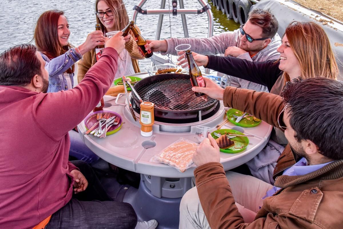Grill Island - Robertville - Grillade sur bateau