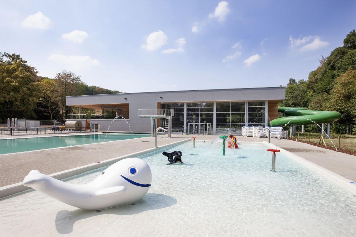 Lago Eupen Wetzlarbad - Eupen - piscine extérieure et Dauphin