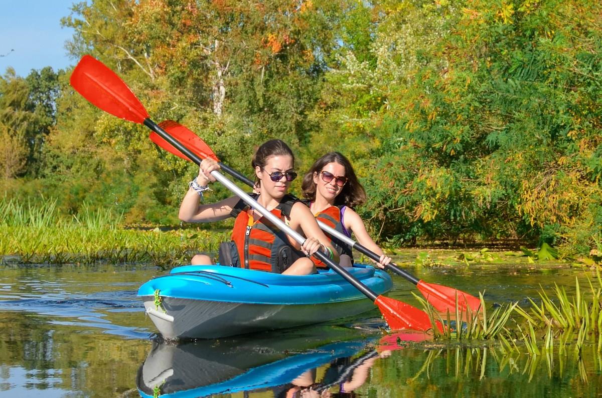Kayak Filles et gilets - Domaine de palogne