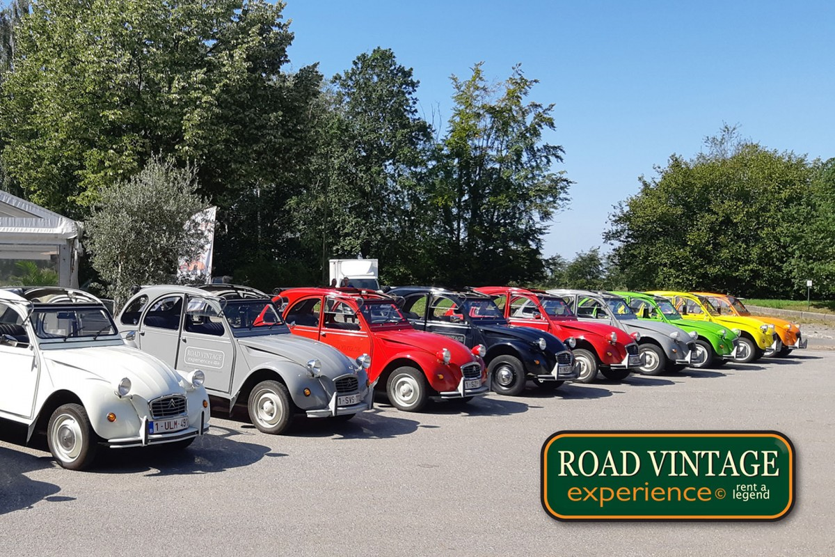 Road Vintage Experience - 2CV - Balmoral - Vue lointaine