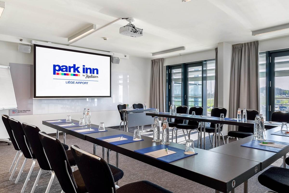 Hôtel Park Inn by Radisson Liège Airport - Salle de réunion
