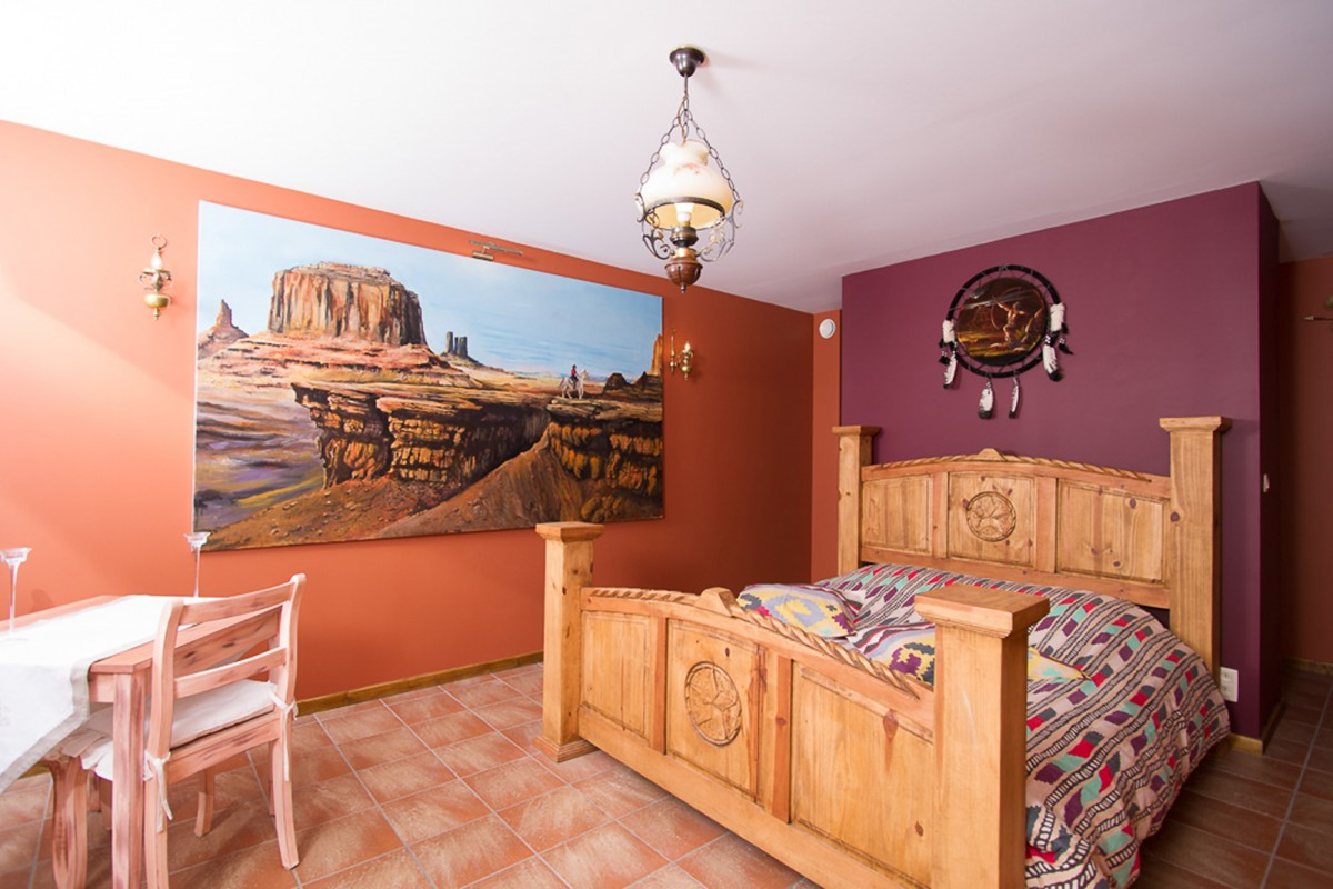 Guest House Western City - Chaudfontaine - Chambre Monument Valley