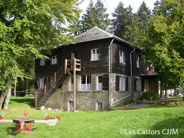 Auberge-des-castors-hockai