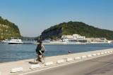 Balades en boucle - La balade des poiriers - Visé - écluses de Lanaye sur la Meuse