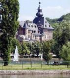 Hotel de Ville de Visé - vue depuis la Meuse