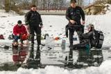 Plongé sous glace