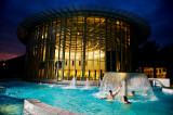 Thermes de Spa - Spa - vue nocturne piscine extérieure