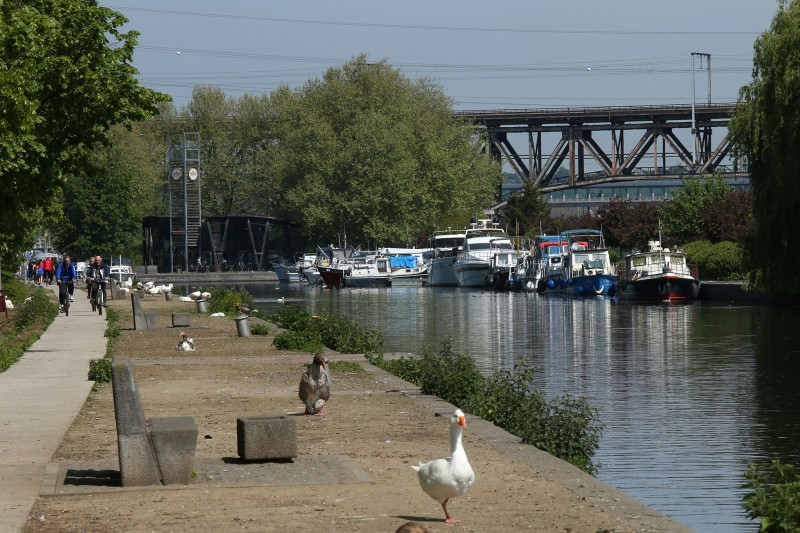 Cycling and hiking tours - Between Meuse and canal - Visé - The Harbor Master's Office - Edge of the Meuse