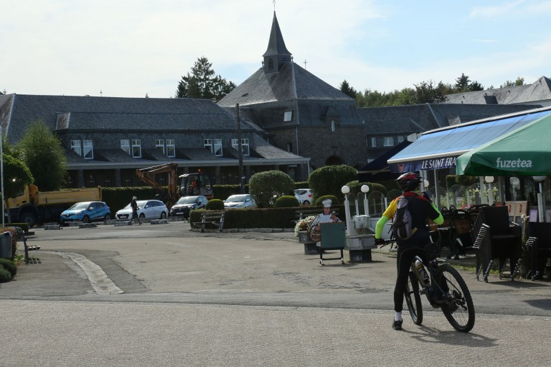 Cycling and hiking tours - Banneux landscapes - Banneux-Notre-Dame
