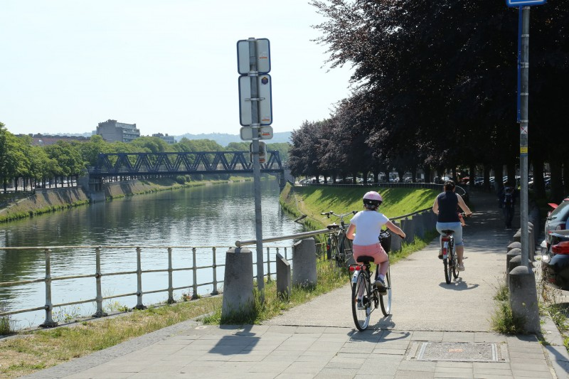 Routes in a straight line - Discovery of Liège - Liège - Quai du Condroz - Along the Ourthe