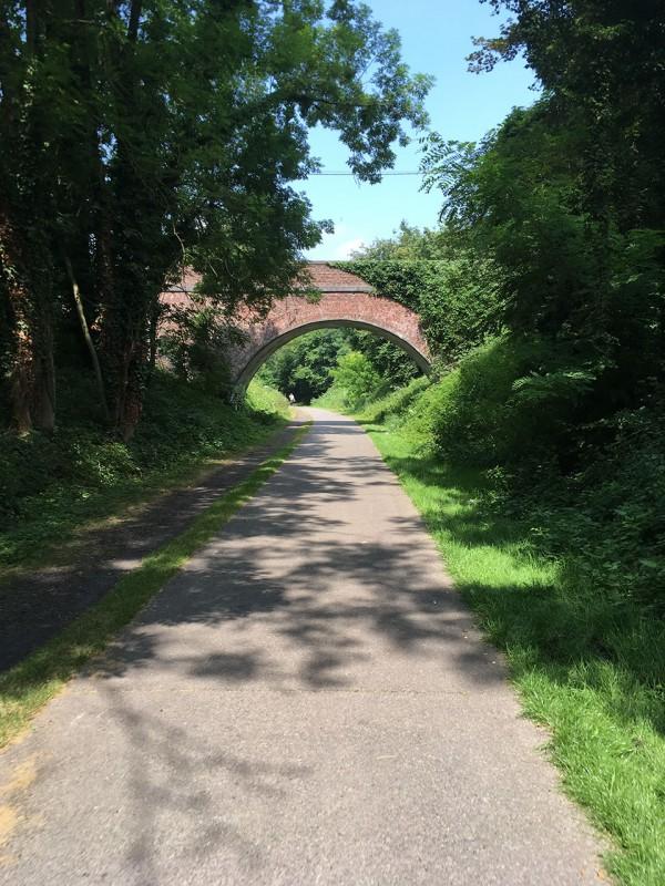 Fahrräder, Züge & Landschaften - Die Linie 38 - RAVeL - Brücke