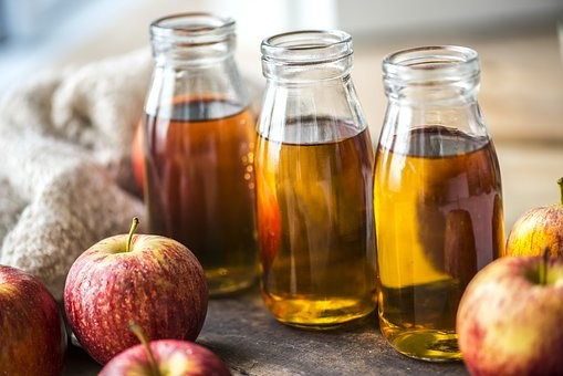 JBeauwens-vinaigre et jus pommes - Pixabay