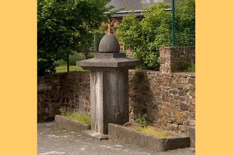 Borne Fontaine