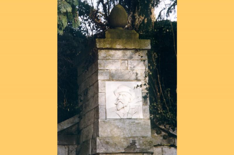 Monument Henri Simon