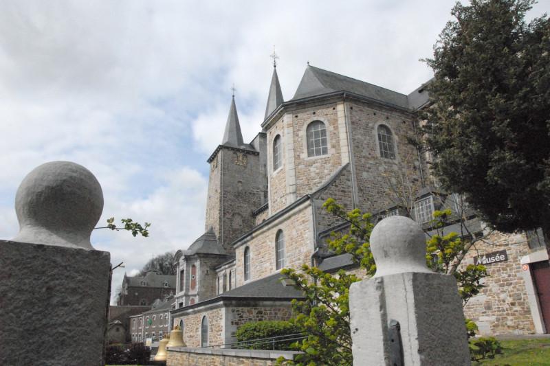 Collégiale Sainte-Ode - Amay - vue extérieure