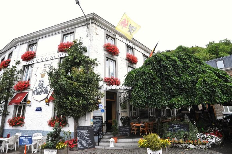 Royal Hôtel Restaurant Bonhomme - façade