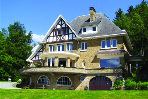 Villa-stavelot