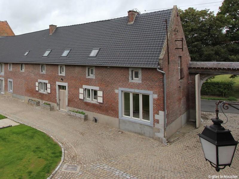 Le Moustier 1743 - Hannut - vue extérieure