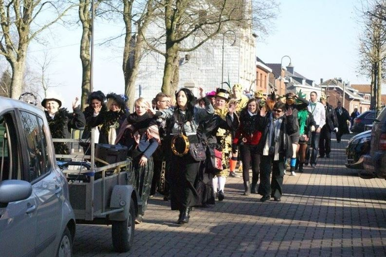 Welkenraedt - cortège jeudi des femmes - C Syndicat d'initiative de Welkenraedt