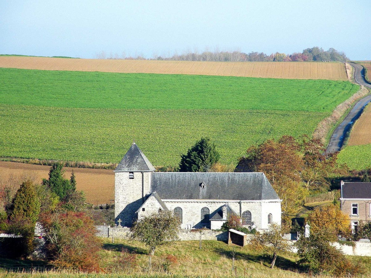 L'église_Saint-Hubert_de_Lavoir-c-Christianvrl (1)