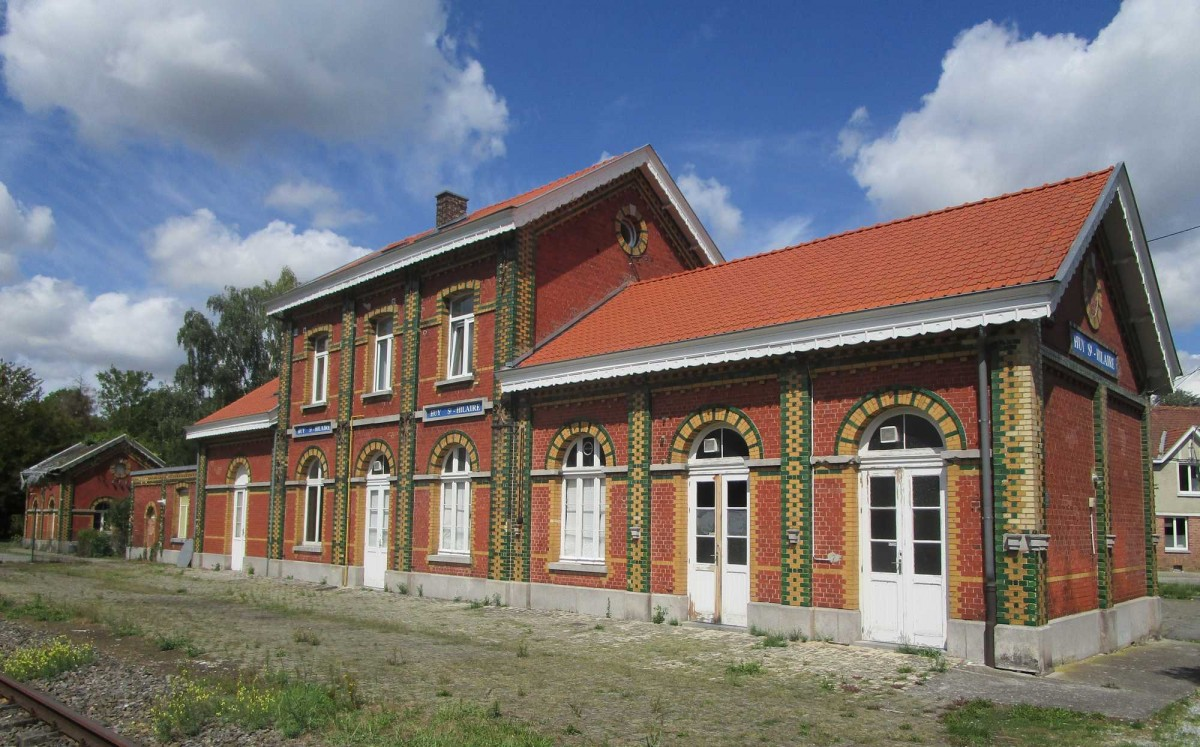 Gare_de_Huy-St-Hilaire_-_2019_-_01-c-Stratoswift