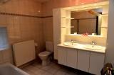 Gites Chevémont - Hombourg - Dauphin Salle de bains