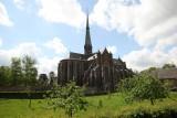 Abbaye Val Dieu - Basilique vue de loin - Aubel