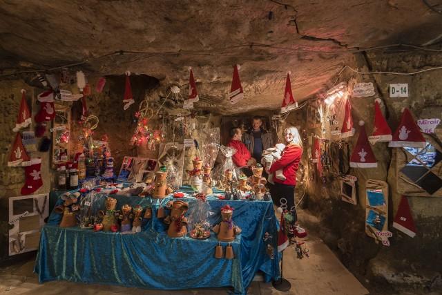 Marché de Noël - Grottes de Wonck   © FTPL J-M Léonard
