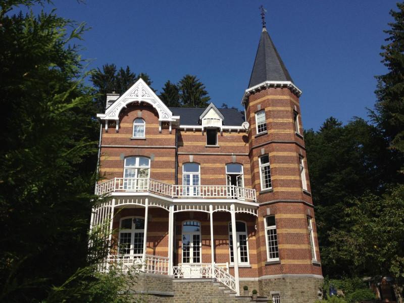 Villa-grand-maur