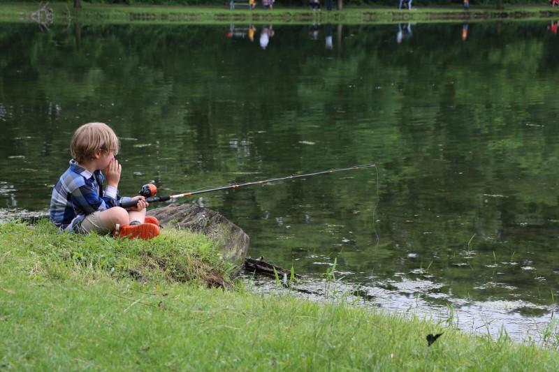Huy - Initiation à la pêche - enfant