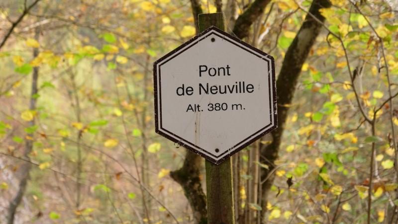 Panneau-pont-neuville-balade