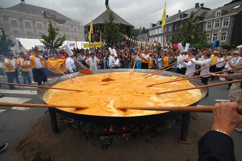 Omelette géante Malmedy - © FTPL P.Fagnoul - IMG_3102