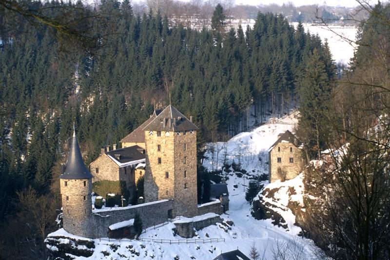 Château de Reinhardstein - Ovifat - Vue sous la neige