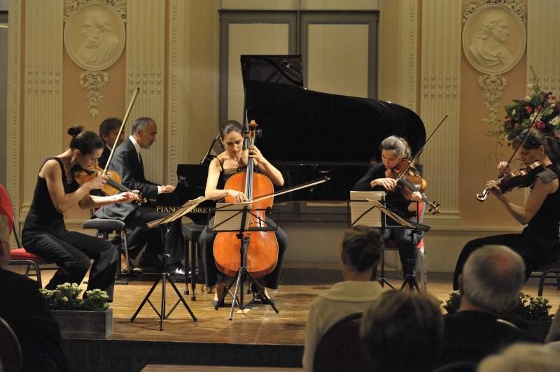 Festi Musique 2 (61. 10-8 A.R. El Bacha et Quatuor Zaïde.compr - ds Réfectoire Abbaye)